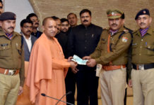 Chief Minister honored participants in Republic Day celebrations